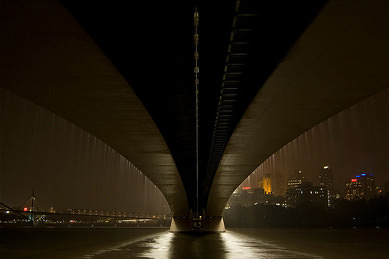 Dustin Osborne - Brisbane Photographer - Captain Cook Bridge Lights